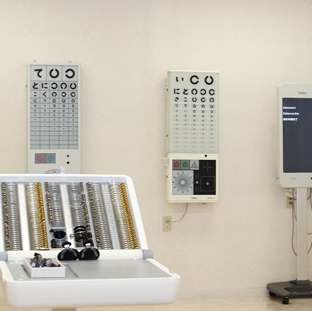 【画像】視力検査室